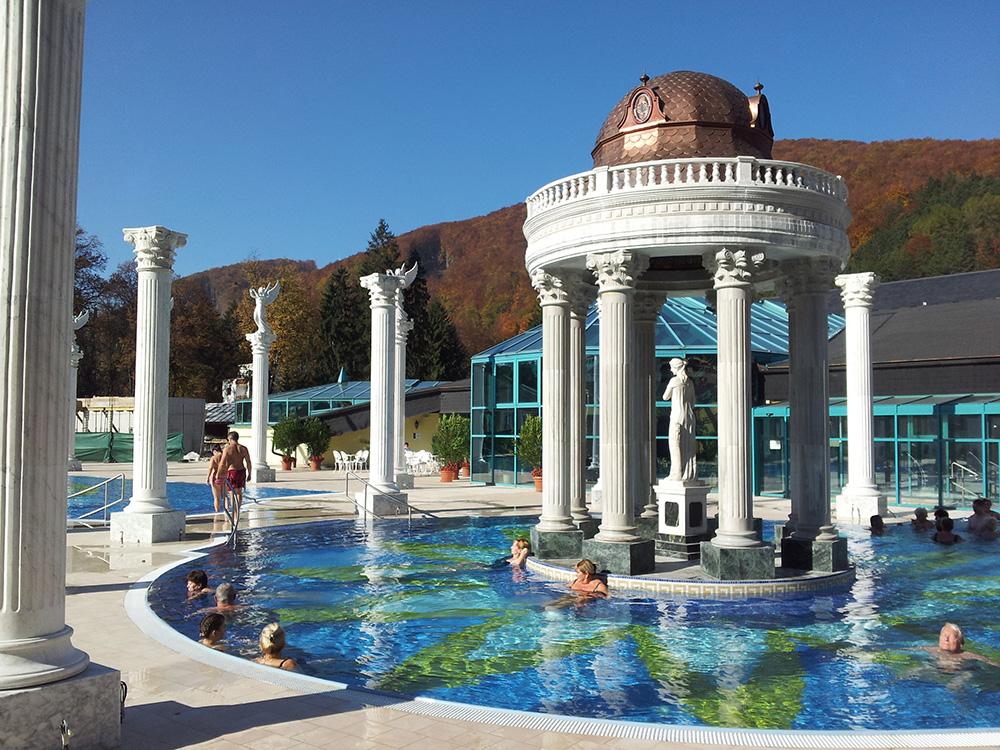 Kúpele Rajecké Telplice vám ponúkajú vnútorné aj vonkajšie bazény. Foto: Kúpele Rajecké Telplice.