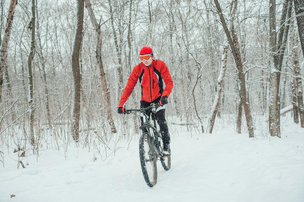 Na bicykel v zime. Foto: Shuttestock