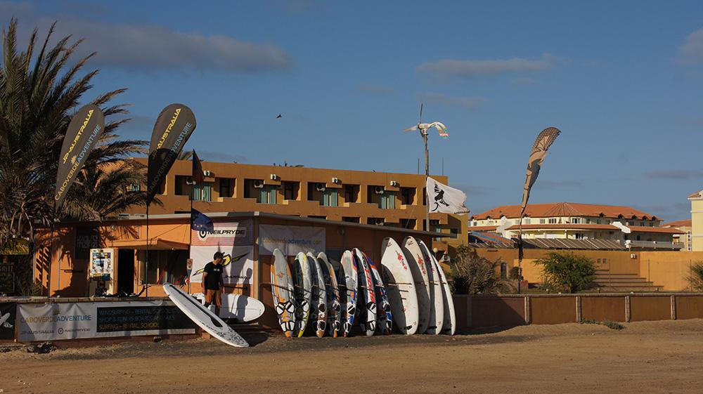 Československá požičovňa surfov Caboverde Adventure. Foto: Miloš Ceconík