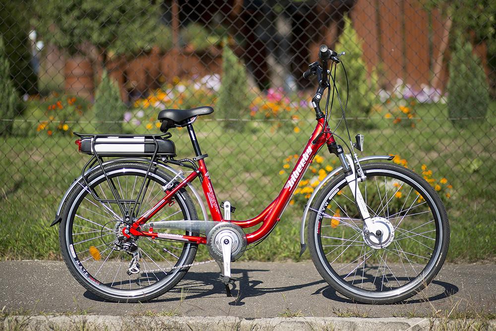 Komfortný bicykel s elegantným dizajnom a skvelou výbavou. Foto: Marek Kikinder