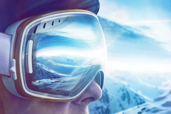 072ca8efc ako si vybrať lyžiarsku prilbu Archives - Relax