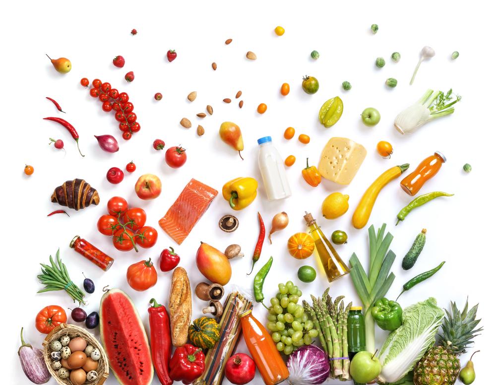 Nakupovať bio potraviny sa oplatí: majú menej pesticídov, viac vitamínov, a sú ekologickejšie. Foto: Shutterstock