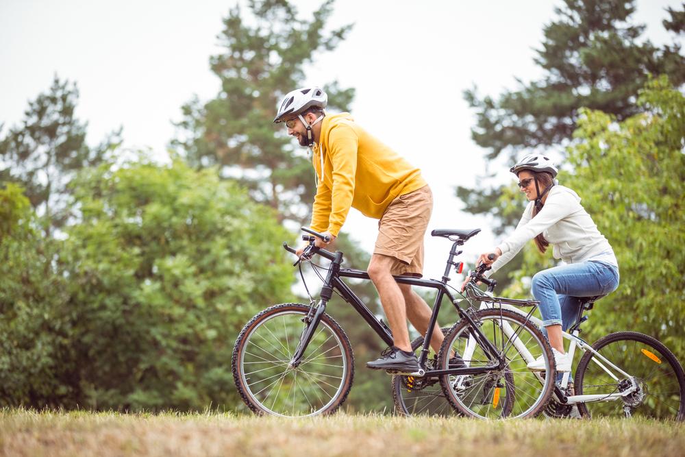 Vynikajúci bicykel pre tých, ktorípotrebujú všestranný bicykela nechcú ísť do žiadneho extrému. Foto: Shutterstock