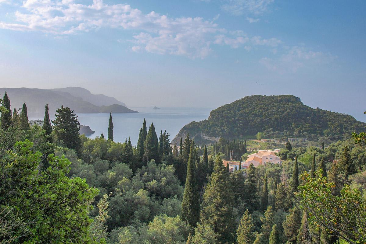 Výhľad v Paleokastritsa.