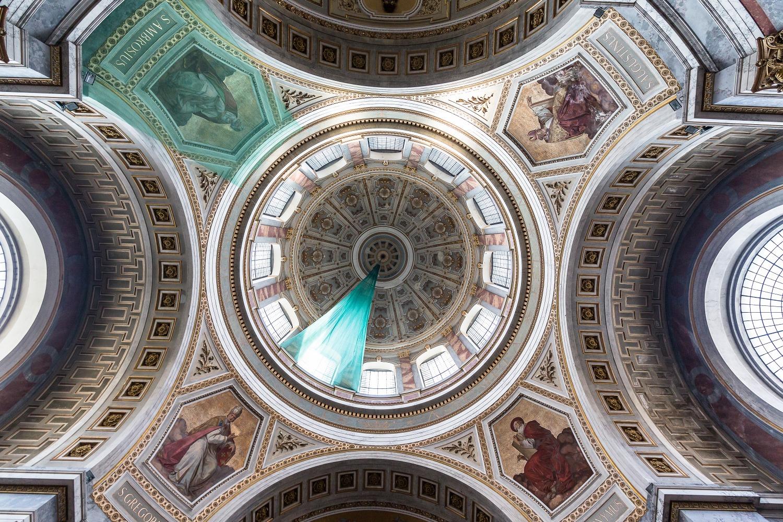 Ostrihomská katedrála zvnútra. Foto: Miro Pochyba