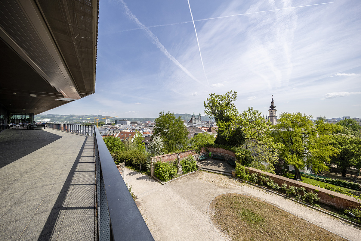 Výhľad z hradu na mesto Linz. Foto: Martin Matula