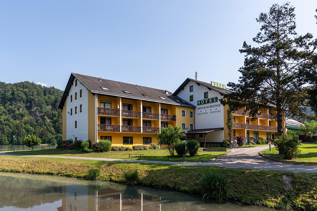 Hotel Donauschlinge ****. Foto: Miro Pochyba