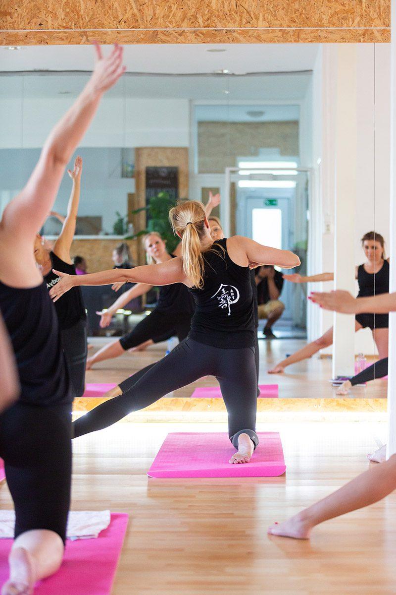 Každé cvičenie má pozitívny vplyv na psychiku, ale bodyART má niečo navyše. Foto: Miro Pochyba