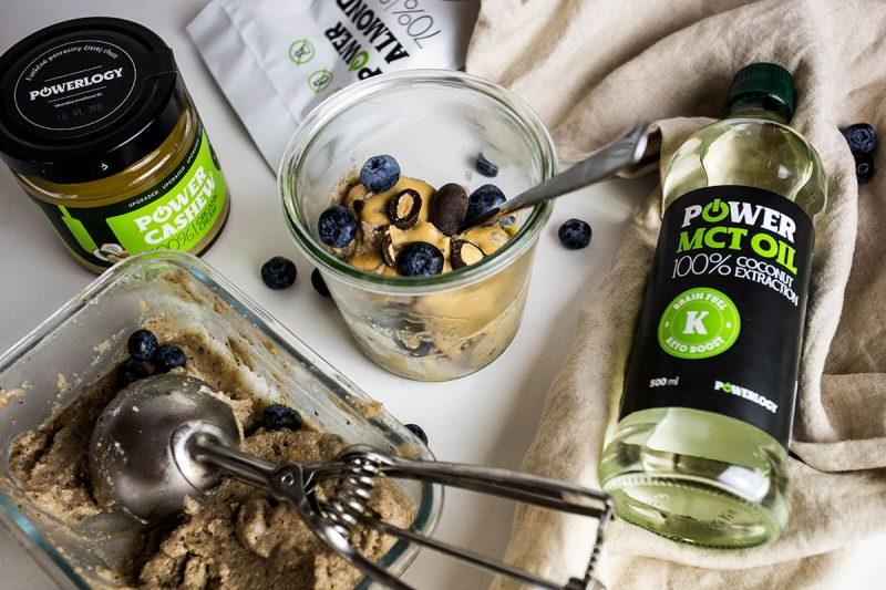 Paleo vegan zmrzlina s Power Cashew a Power Almonds. Foto: Powerlogy