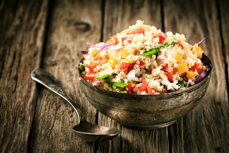 Quinoa je rastlinná potravina extra bohatá na bielkoviny. Foto: Shutterstock