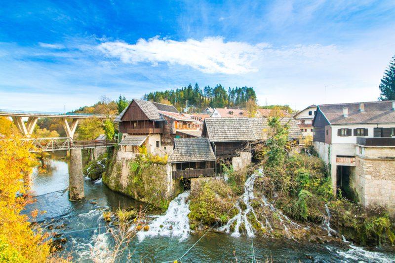 Vodopády na rieke Korana v meste Rastoke. Foto: Shutterstock