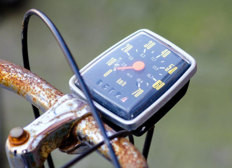 Tachometre na bicykel dnes nemerajú iba rýchlosť. Foto: Shutterstock