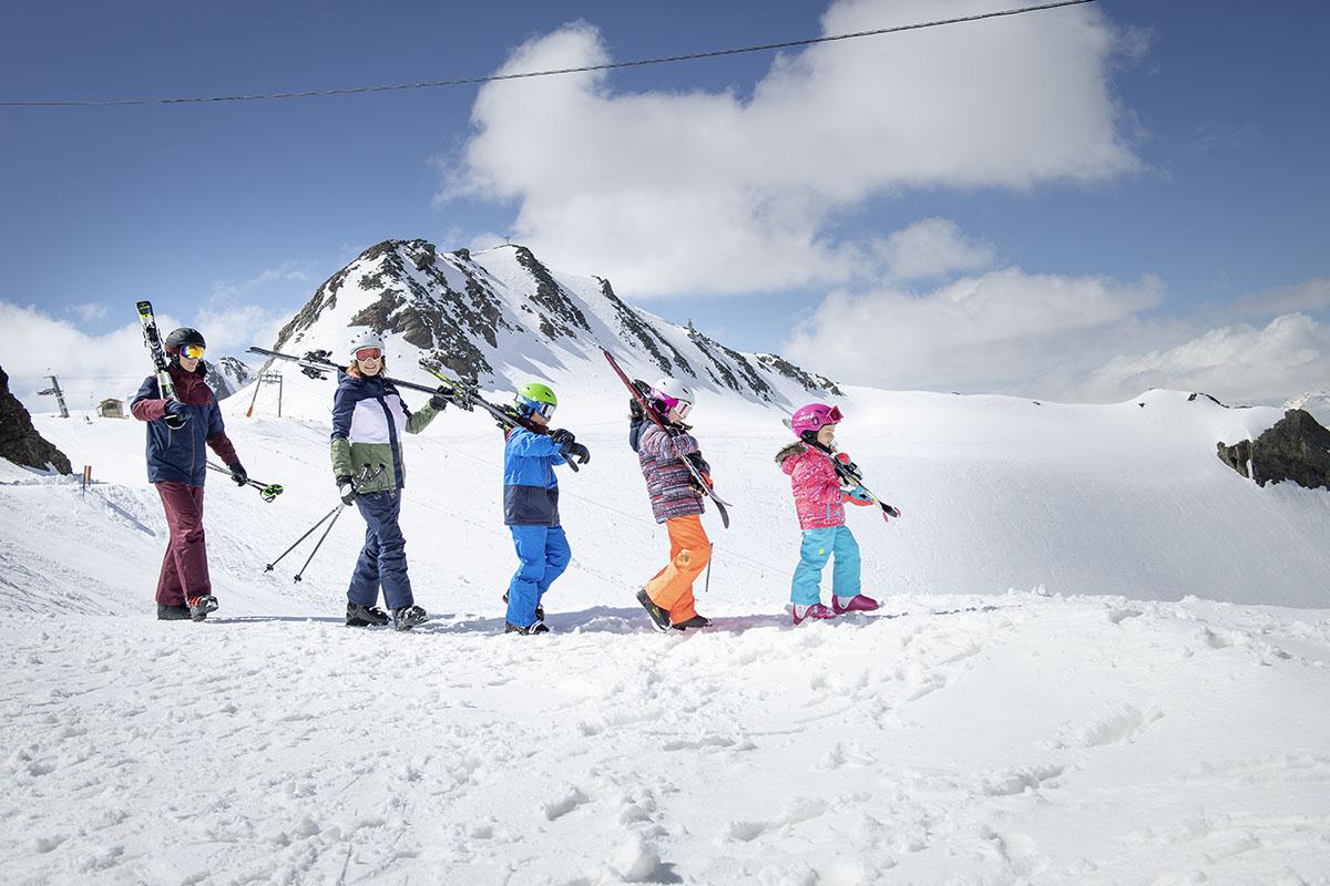 Nákupný sprievodca_ lyžiarska výstroj. Foto: Intersport