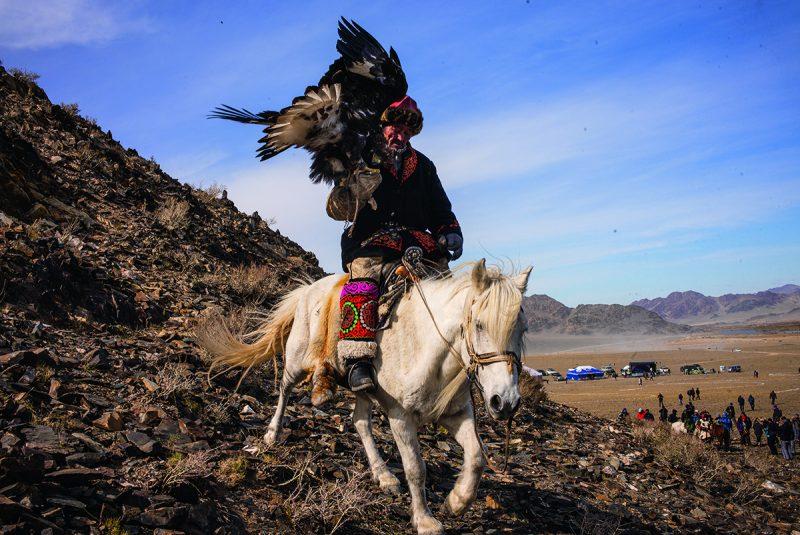 Mongolskí Orlí lovci sú poslední, ktorí siudržujú svoju tradíciu.