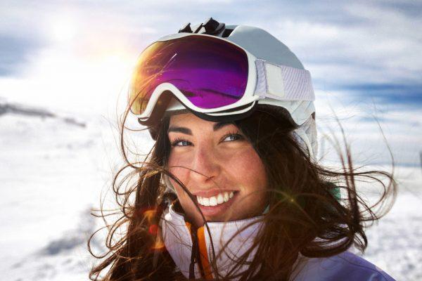 Prečo lyžovať s prilbou a okuliarmi b0de3ee0bb4