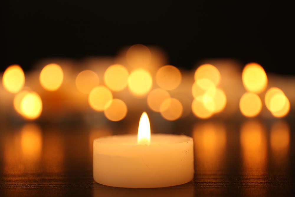 Jednoduchá meditácia - sledujte plameň sviečky. Foto: Shutterstock