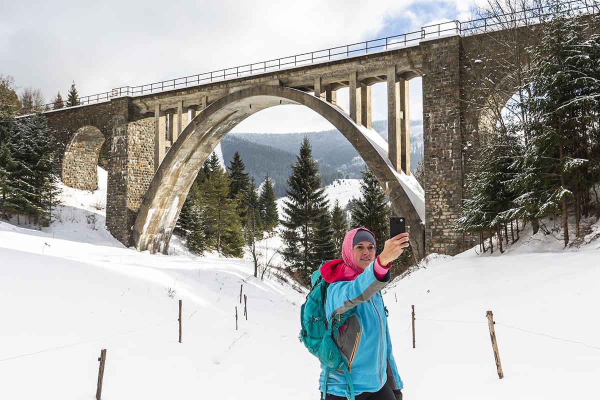 """""""Telgártska slučka s priľahlým Chmarošským viaduktom patrí medzi najvýznamnejšie železničné technické diela na Slovensku. Foto: Miro Pochyba"""