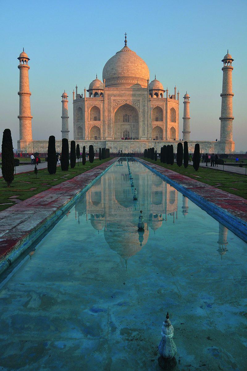 TÁDŽ MAHAL, najkrajšia stavba postavená z čistej lásky.