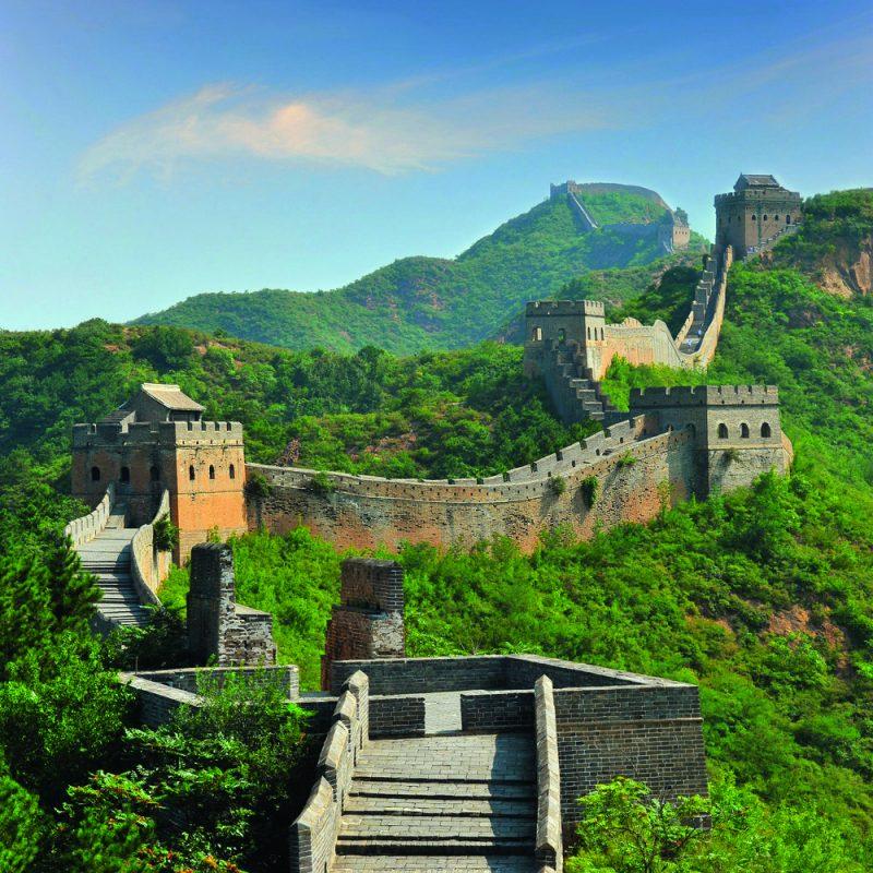 Ponad mamutie Himaláje sa následne presunieme do obrovskej Číny, k VEĽKÉMU ČÍNSKEMU MÚRU. Foto: Shutterstock