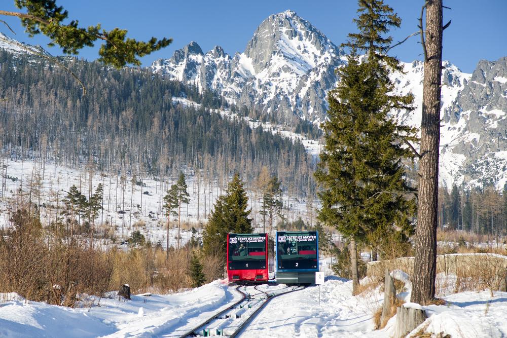 Na Hrebienok sa môžete vyviezť pozemnou lanovkou. Foto: Shutterstock