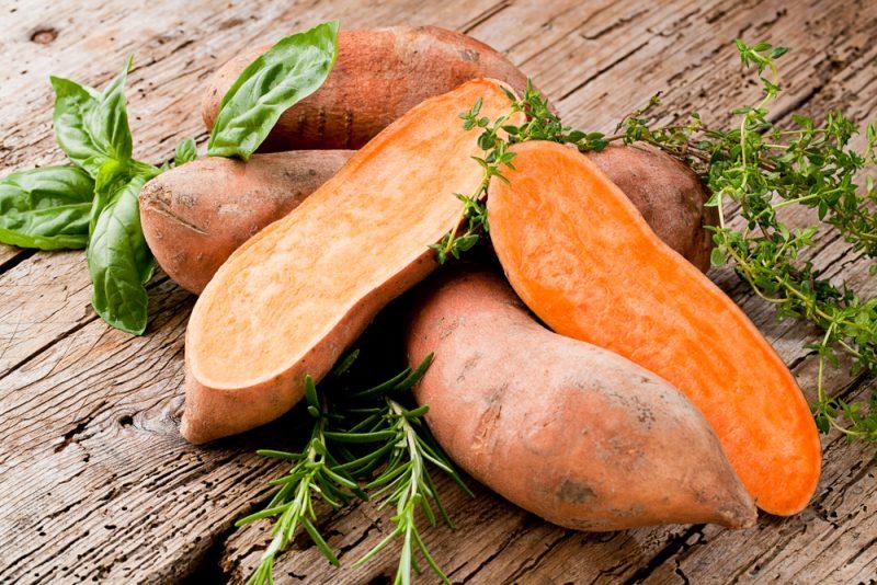 Sladké zemiaky sú ľahko stráviteľné. Foto: Shutterstock