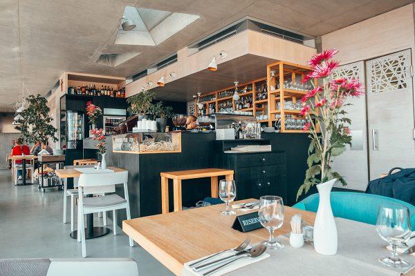 Reštaurácia pod hradom. Foto: OOCR