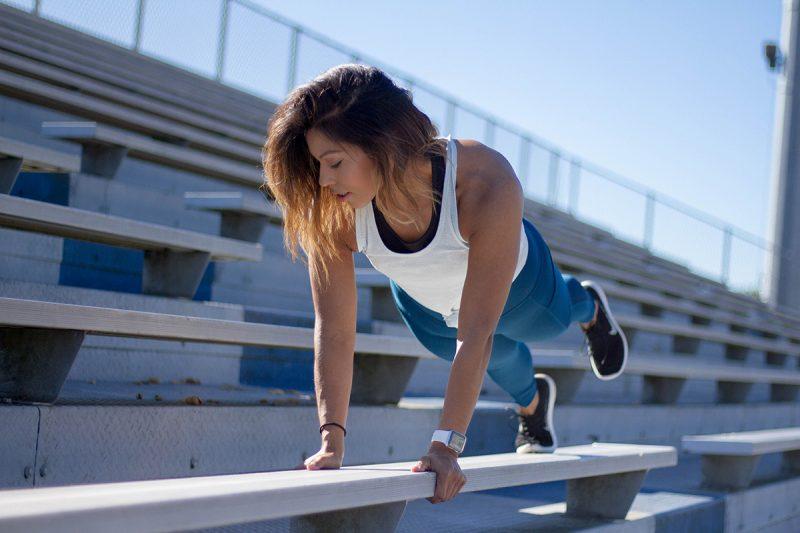 Ak máte k dispozícii obmedzený čas a priestor, ideálnym typom tréningu je HIIT.