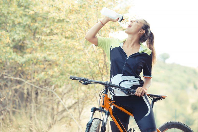 Tekutiny po ruke. Foto: Shutterstock