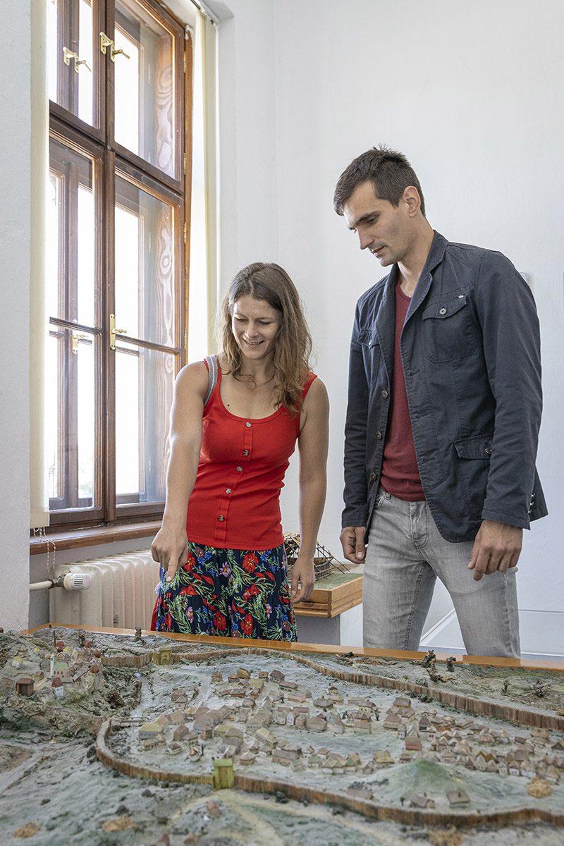 Maketa Nitrianskeho hradu v Ponitrianskom múzeu. Foto: Miro Pochyba