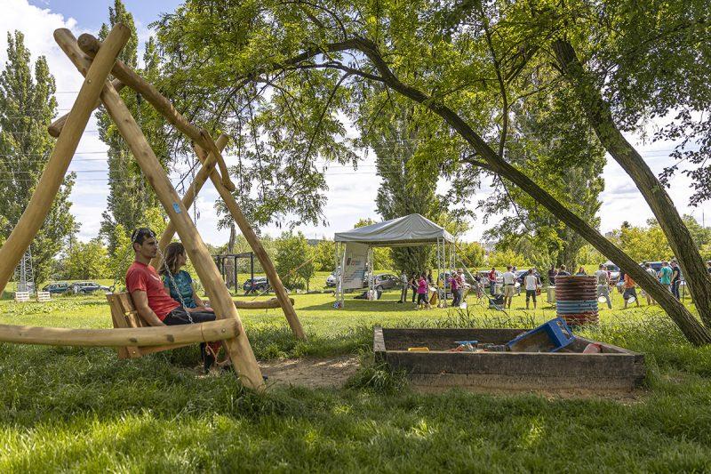 Letné komunitné a kultúrne centrum Hidepark. Foto: Miro Pochyba