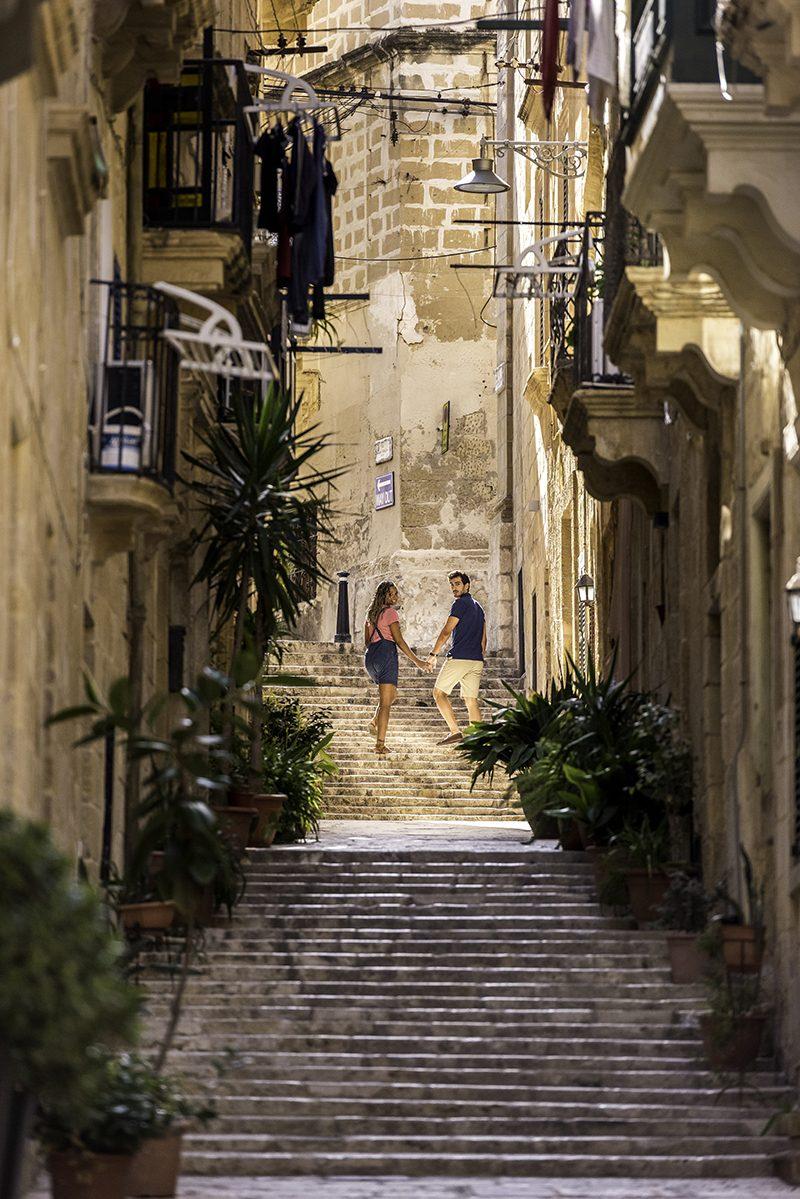 Máte radi slnko, ale nechce sa vám v zime cestovať veľmi ďaleko? Potom sa pozrite na Maltu! Slnko vás tu zahreje na jeseň aj v zime.