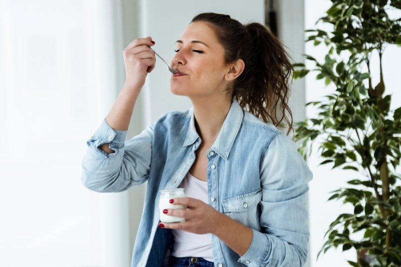 Na jedlo sa plne sústreďte. Foto: Shutterstock