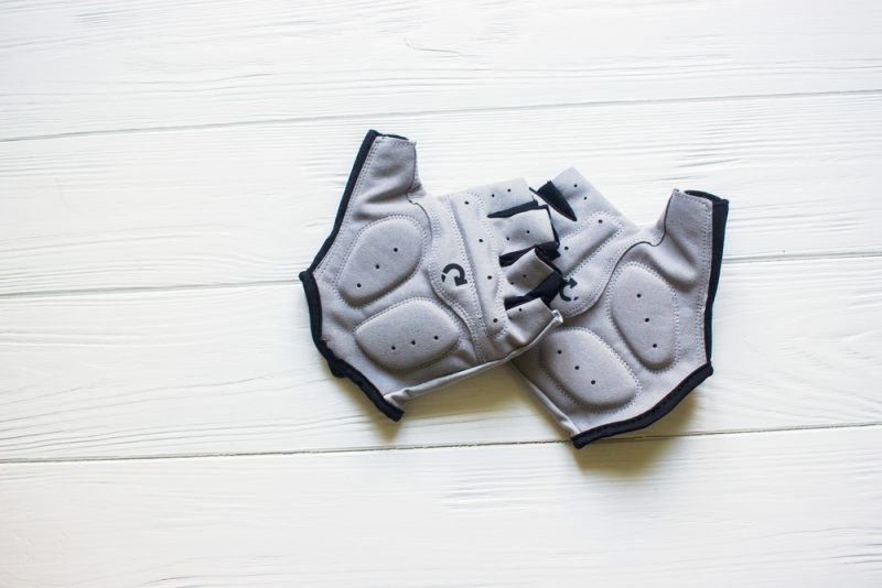 Cyklistické rukavice. Foto: Shutterstock