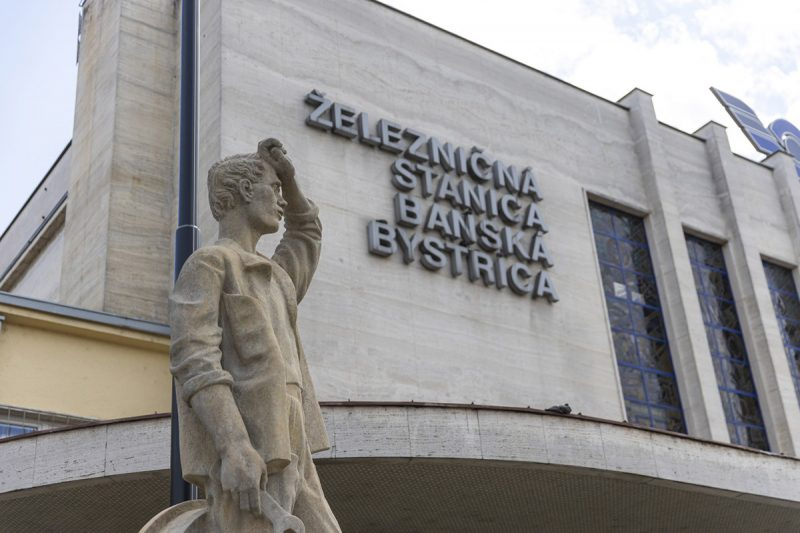 Stanica Banská Bystrica. Foto: Miro Pochyba