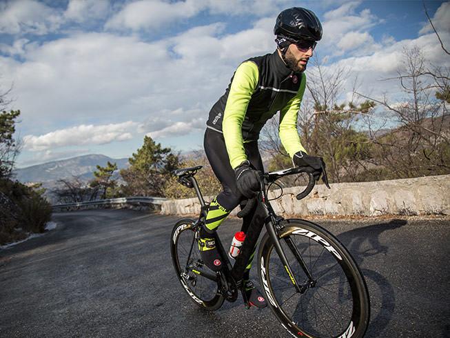 Dôležitý je správny strih cyklooblečenia. Foto: www.castelli-cycling.com