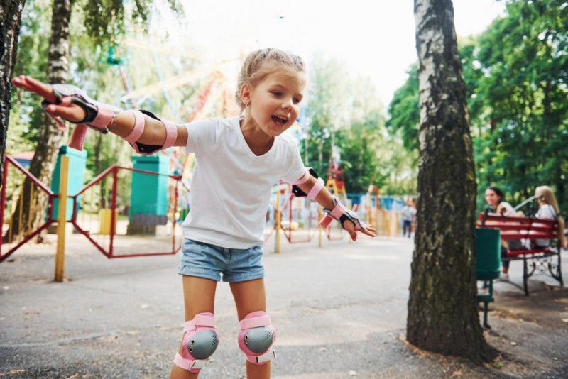 Brzdiť sa naučíme cez tri fázy: podrep, nožnice a brzda. Foto: Shutterstock