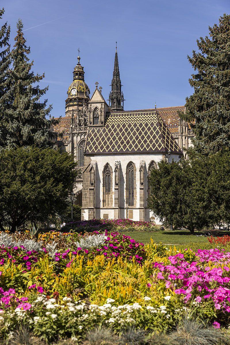 Dóm svätejAlžbety je hlavná dominanta Hlavnejulice v Košiciach. Foto: Miro Pochyba
