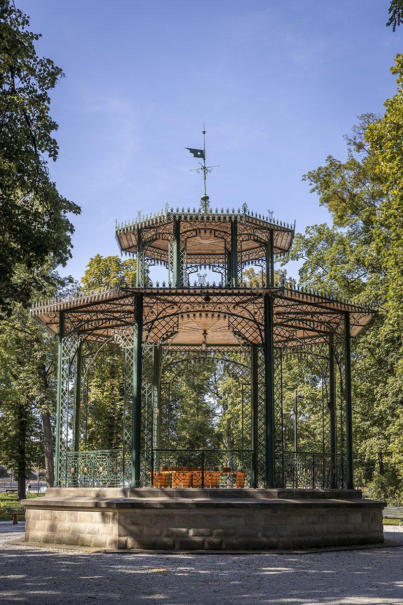 Altánok v mestskom parku v Košiciach. Foto: Miro Pochyba