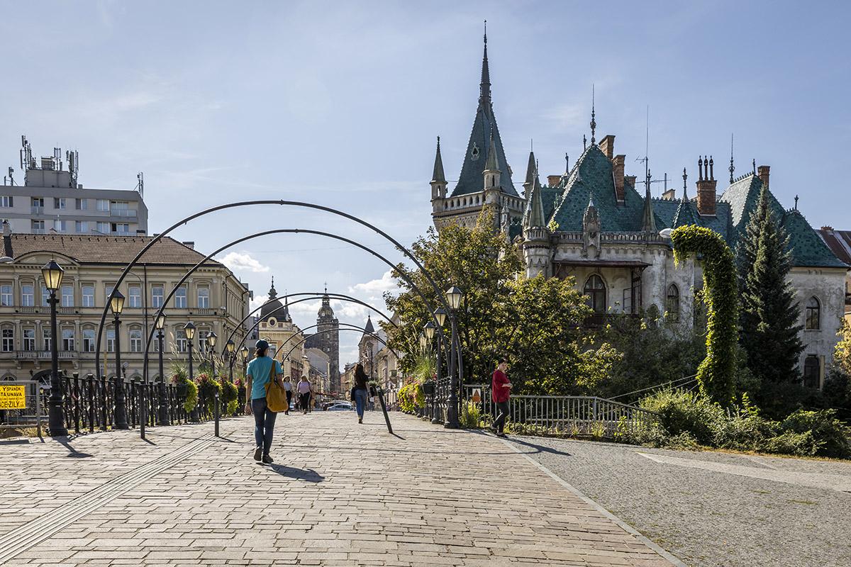 Prešov a Košice. Foto: Miro Pochyba
