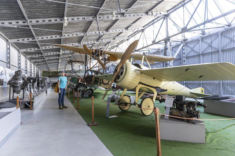 Múzeum letectva nadchne aj ľudí, ktorí k letectvunemali nikdy blízko. Foto: Miro Pochyba