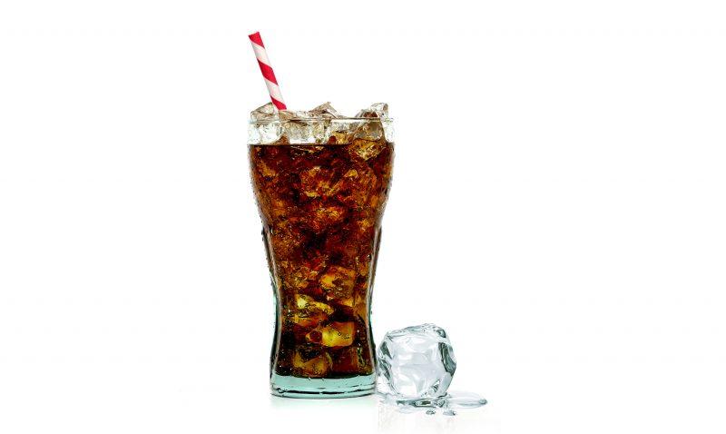 Šumivé nápoje škodia vašim kostiam. Foto: ShutterstockŠumivé nápoje škodia vašim kostiam. Foto: Shutterstock