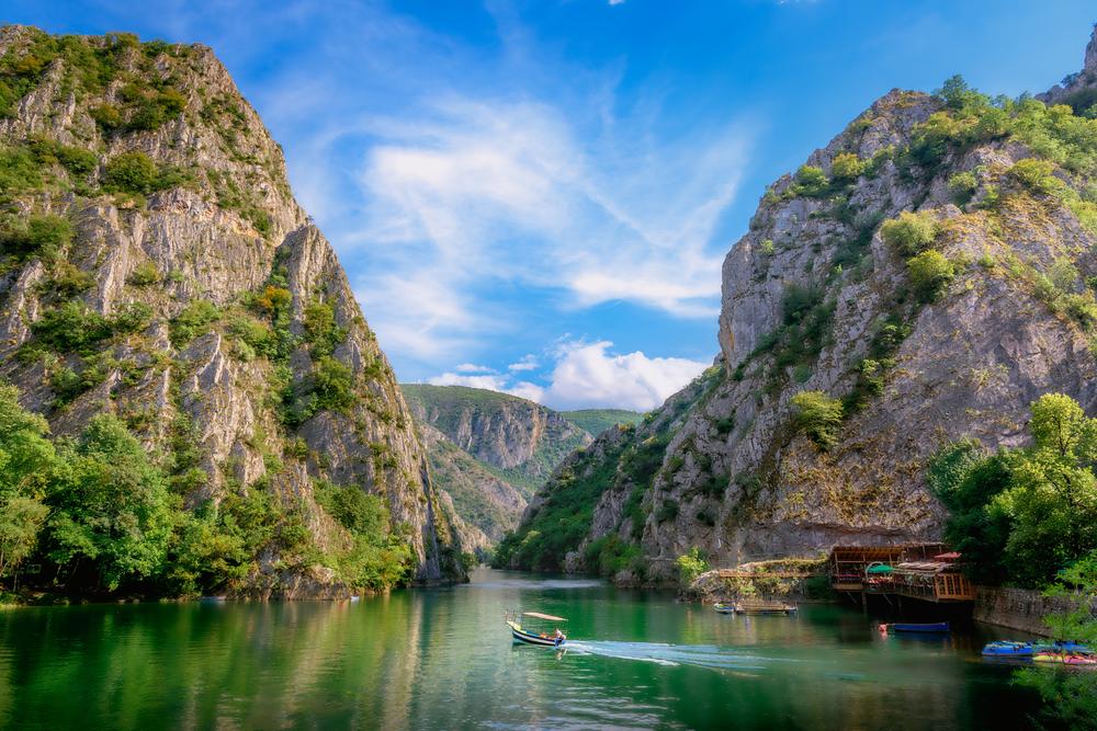 Kanon Matka v Macedónsku neďaleko Skopje. EuroVelo 11. Foto: Shuttestock