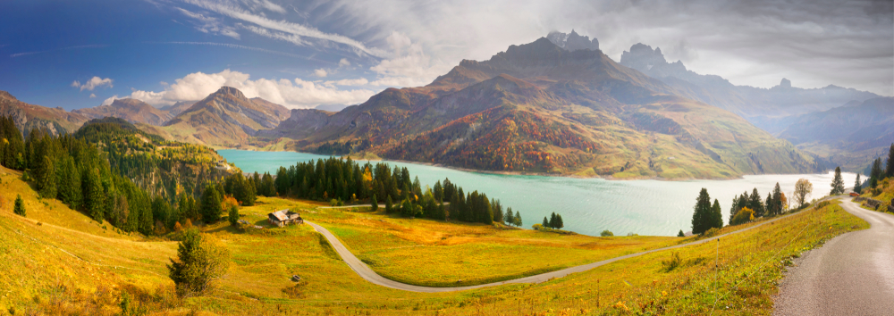 Francúzsky región Auvergne. EuroVelo 17. Foto: Shutterstock