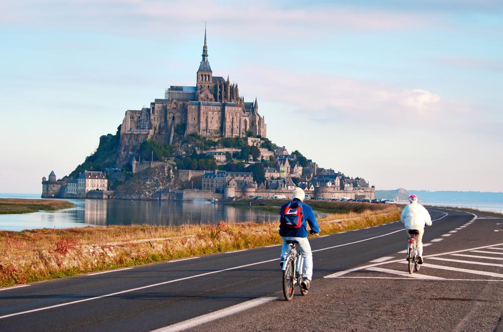 Severné pobrežie Francúzska a Normandia sú fascinujúce. EuroVelo 4. Foto: Shutterstock