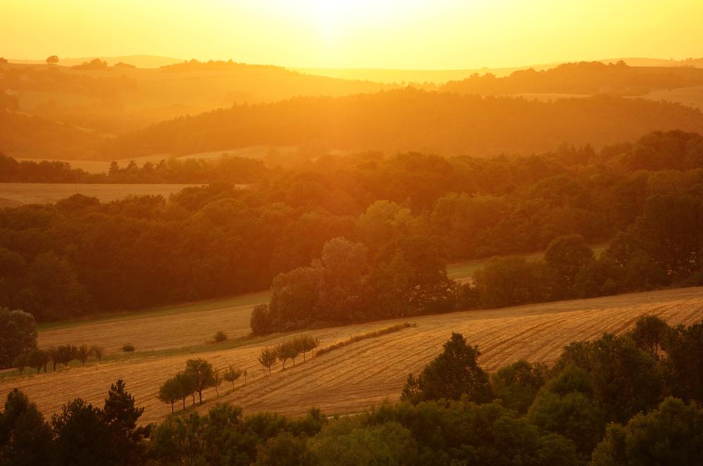 Myjavské kopanice pri západe slnka. Foto: Shutterstock