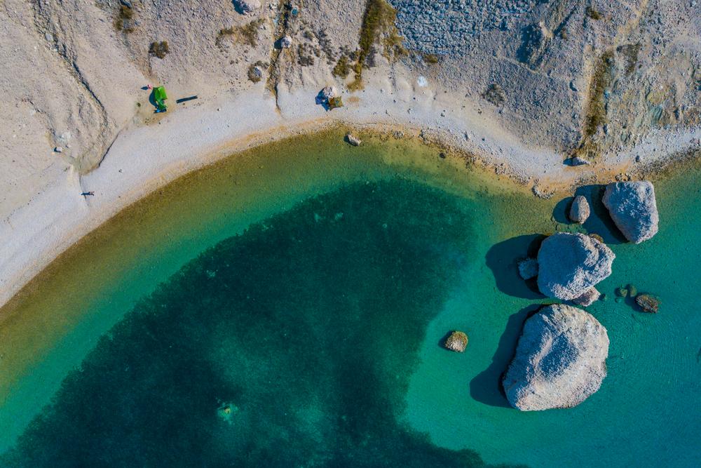 Beritnica pláž, Pag, Chorvátsko. Foto: Shutterstock