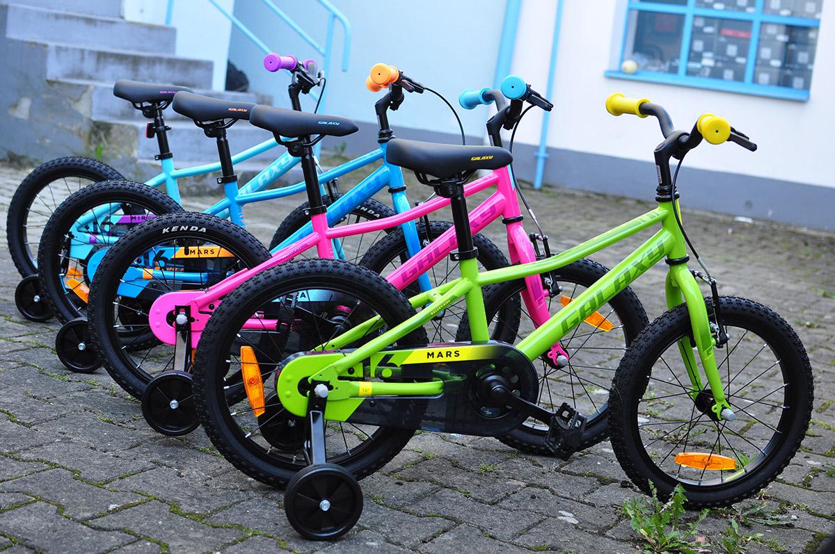Detské bicykle Galaxy pre najmenších aj s pomocnými kolieskami