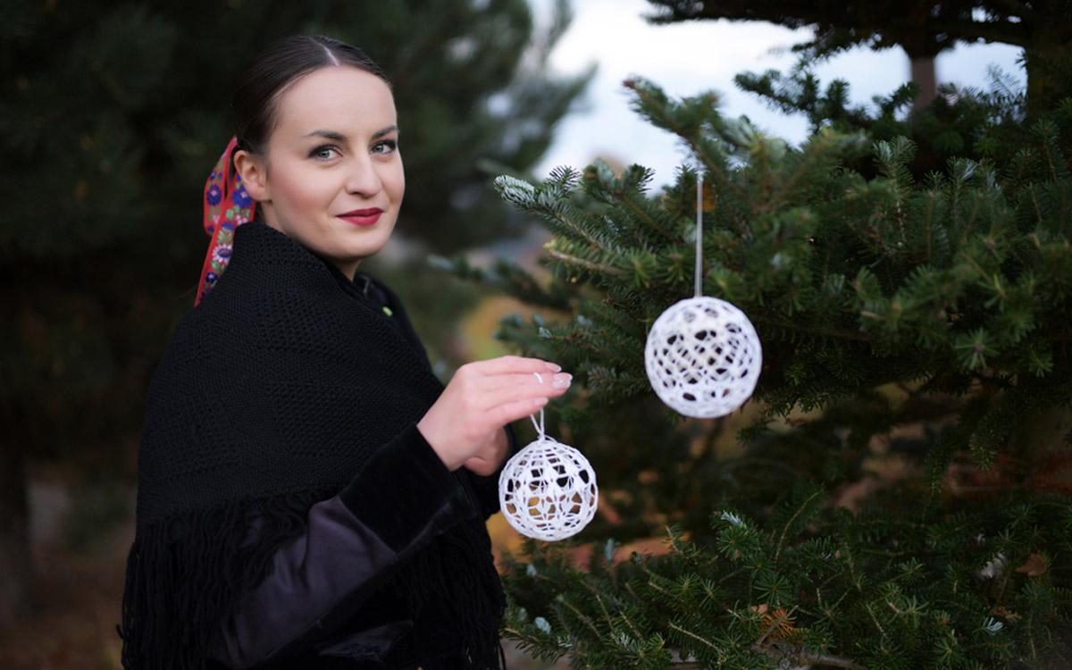 Tradičné vianočné háčkované ozdoby