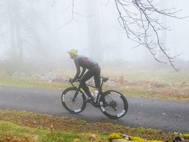 Cyklistická bunda