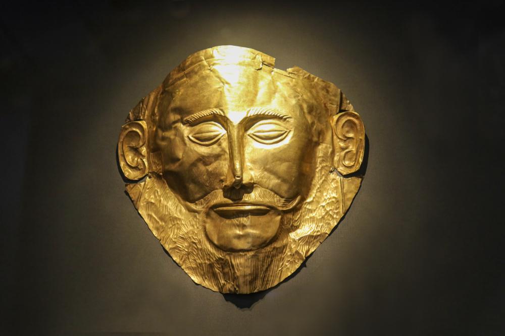 Zlaté masky boli nájdené v hrobe v Mykénach. Foto: Shutterstock